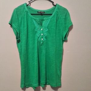 Cable and Gauge Short Sleeve VNeck Top w/Buttons